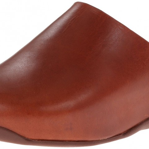 FitFlop Shuv Leather Clog in Dark Tan Color