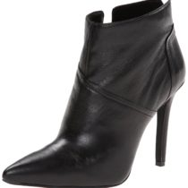 Jessica Simpson Coolen Boot in Black