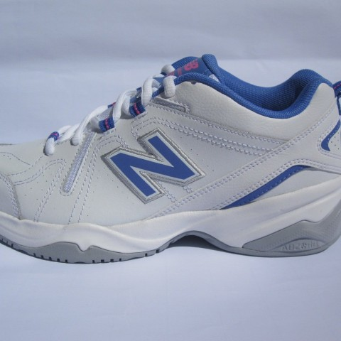 New Balance WX608V4T Running Shoe 7 B 2015 White Blue in white black