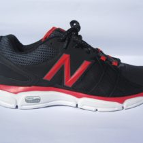 New Balance Wx813BK3 Running Shoe 7 B black pink