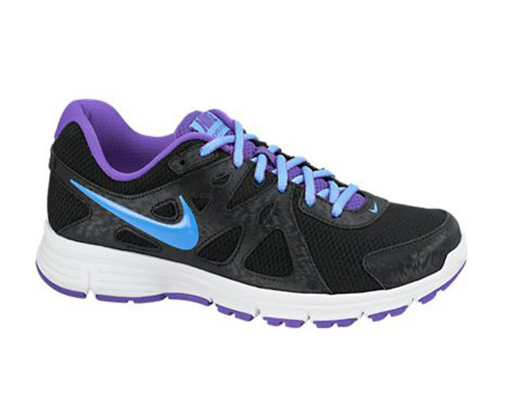 Nike Revolution  Running Shoes Review